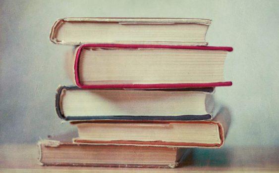 برای تقویت زبان انگلیسی این 5 کتاب را بخوانید.