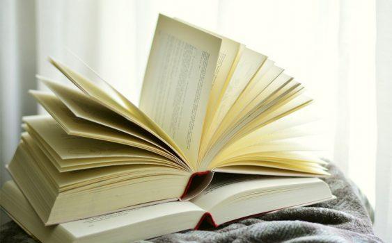 چگونه بفهمیم کتاب مورد نظرمان قبلا به فارسی ترجمه نشده است؟